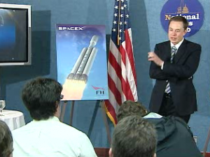Elon Musk announcing Falcon Heavy specs in Washington